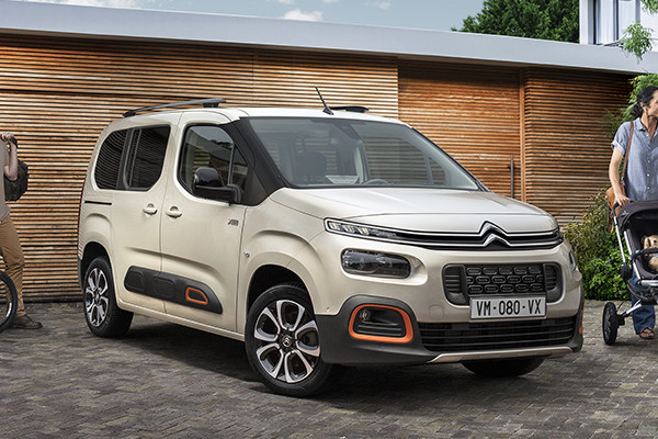 Citroen Berlingo 2018.jpg